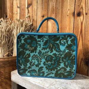 Vintage 60s Tapestry Suitcase/Overnight Bag Travel